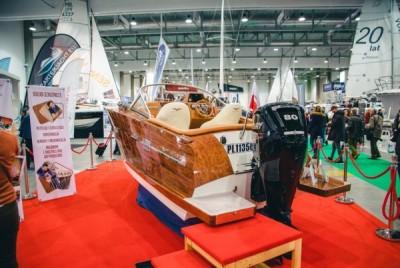 Luksusowe motorówki - Targi Boatshow - White Eagle