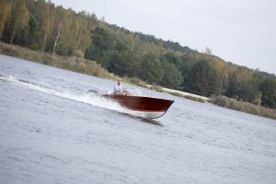 Jachty, motorówki - wodowanie - White Eagle