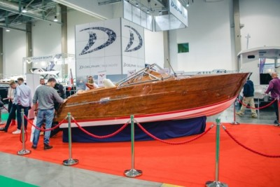 Jachty motorowe - Targi Boatshow - White Eagle